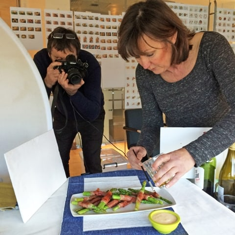 Glistening the asparagus